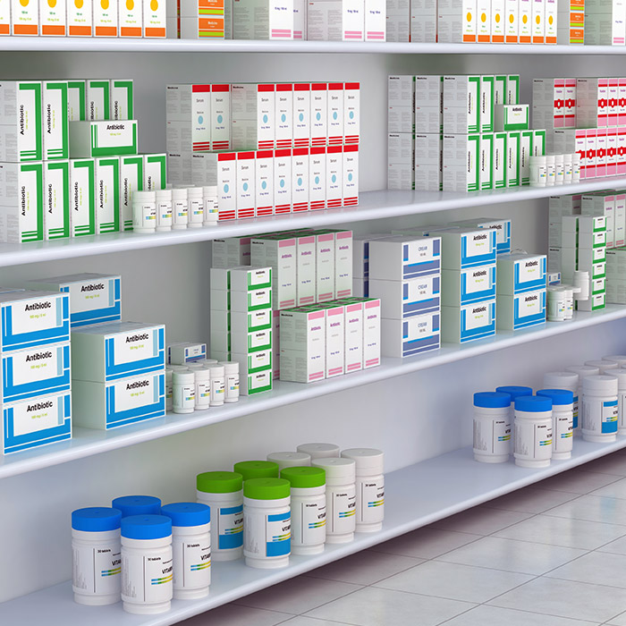 Die Personalvermittlung für Pharmaunternehmen im Bereich OTC: Phytopharmazeutische Produkte, Nahrungsergänzungsmittel, Kosmetik, Homöopathie gehört zu den Disziplinen der BESTMINDS Executive Search Personalberatern.	Tabletten Packungen im Regal, Pillen - Pharma